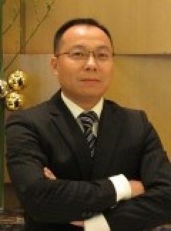 创始人、运营管理团队成员——李步青